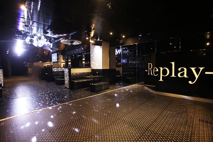 -Replay-の店内写真3